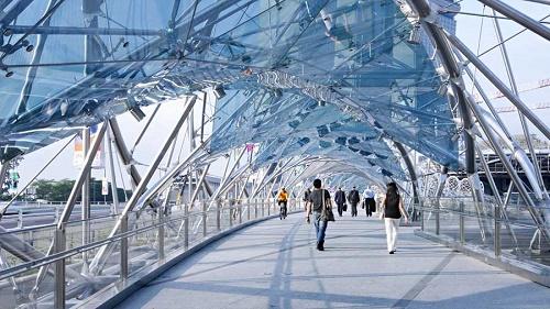 cau-Helix-Bridge-Singapore