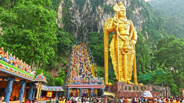 """Chuyến du lịch """"cổ kính và hiện đại"""" trong tour du lịch Malaysia – Singapore - ảnh 1"""